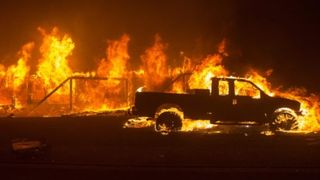 El clima más cálido y seco explica el aumento en el tamaño y la gravedad de los incendios de California