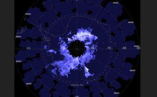 El frío récord genera extensas nubes noctilucentes en el Polo Sur