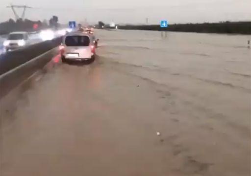Del riesgo de desbordamiento del Júcar al cielo 'naranja' de Valencia