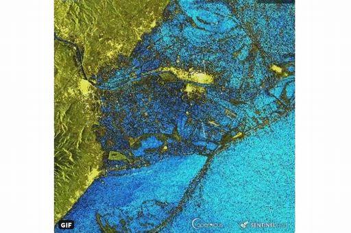 El temporal invernal de levante inunda el Delta del Ebro