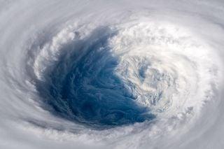En plena temporada de huracanes y tifones, ¿sabrías diferenciarlos?