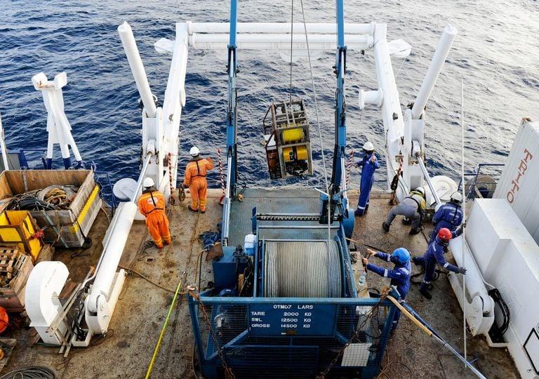 Detectan liberación de metano en el océano Atlántico sur