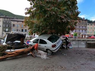 Épisode cévenol : des dégâts colossaux dans le Gard, deux disparus