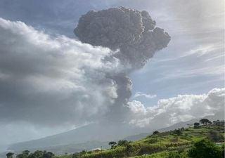 Evacuación masiva: alerta roja por la erupción del volcán La Soufrière