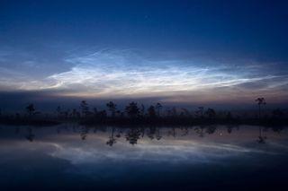 Extrañas nubes nocturnas invaden Europa