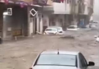 Fiumi di fango travolgono La Mecca: i video