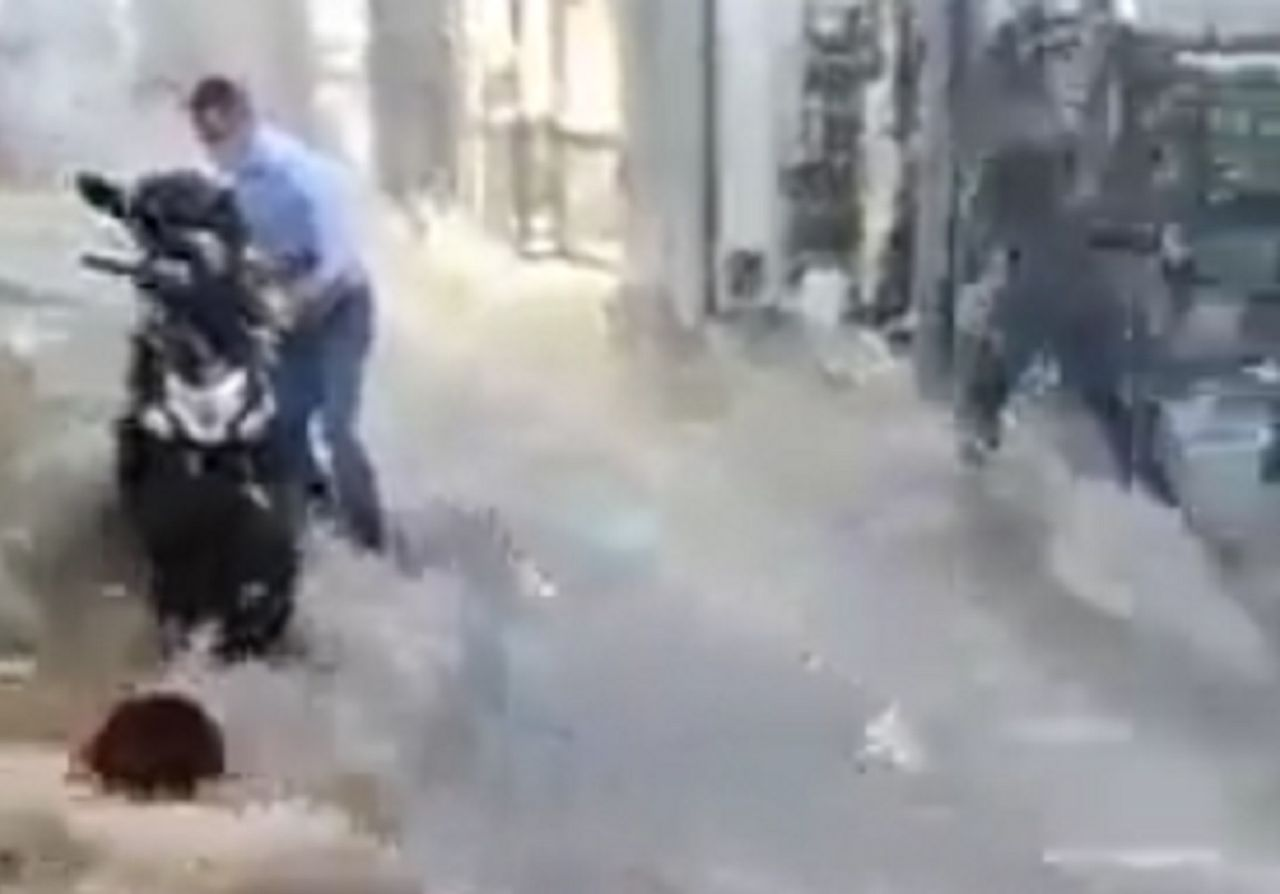 Lebensgefährlich: Heftige Unwetter in Griechenland!