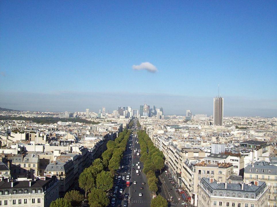 Dans la capitale, un nouveau pic de chaleur est attendu samedi avec jusqu'à 30°C à l'ombre.