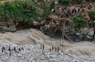 Fuertes lluvias e inundaciones azotan a zonas de Asia muy pobladas