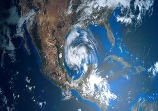 Furacão Hanna atinge os EUA e o México