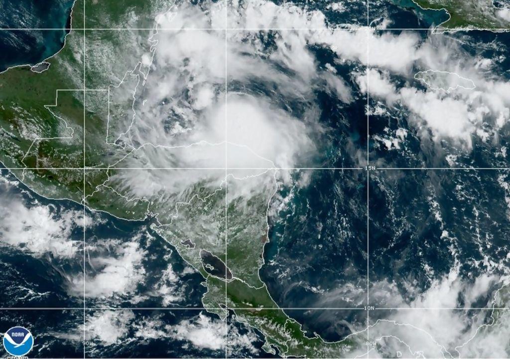 Furacão NANA atinge Belize