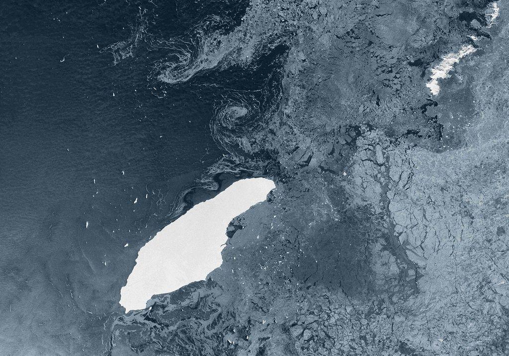 El iceberg A-68A en mar abierto