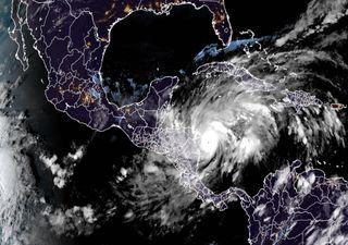 """Huracán """"Eta"""" impactará Centroamérica en las próximas horas"""