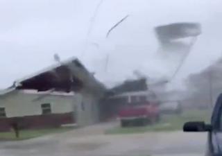Impactos del huracán Zeta: Dos muertes confirmadas