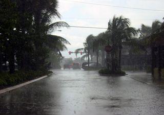 Hurrikan-Doppelschlag in den USA: Laura und Marco!