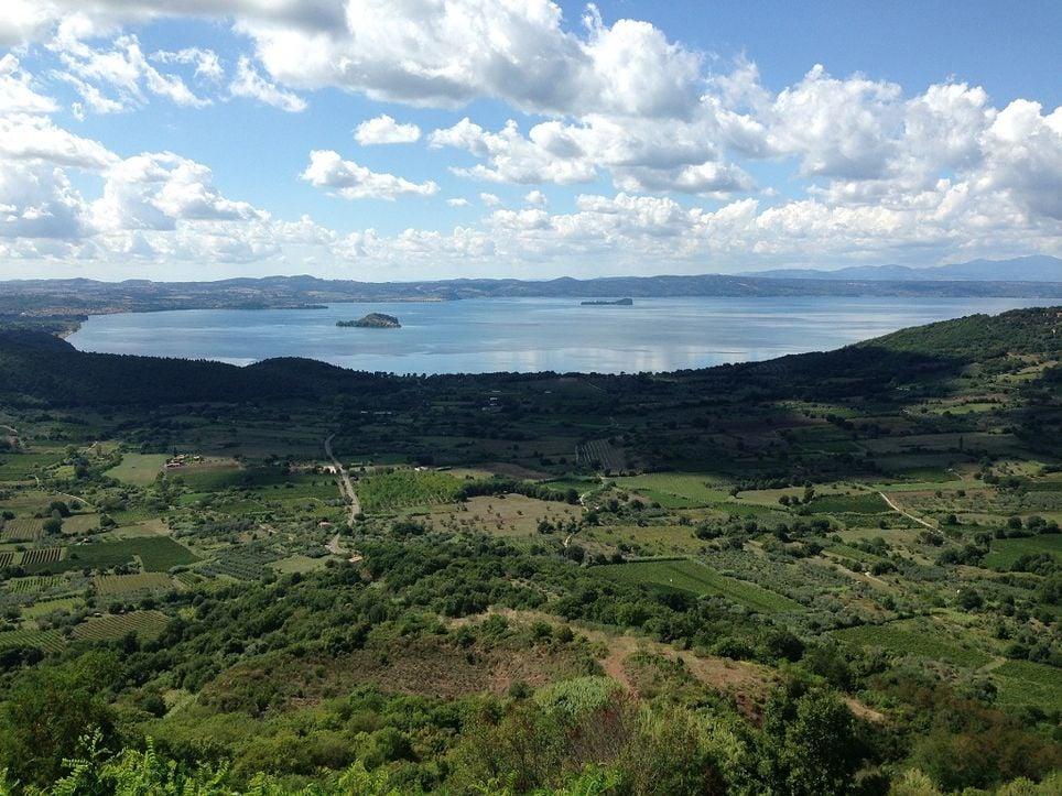 lago-bolsena-vulcanico