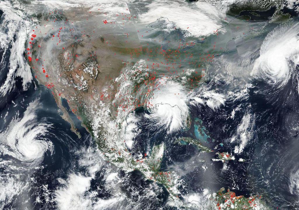 Humo de incendios forestales, huracán Sally en Estado Unidos