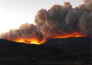 Incêndios florestais provocam cenários assustadores no Colorado