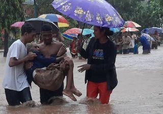 Inundações e deslizamentos de terra arrasam a Indonésia e Timor-Leste