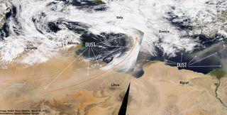 Irrupciones históricas de polvo en el Este de Europa y Mediterráneo oriental