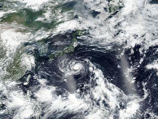 Japão sob ameaça de uma tempestade tropical