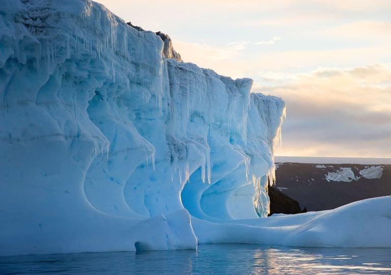 Antarctica mineral.