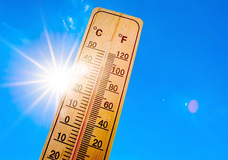 Julio trajo la primera ola de calor del verano y fue muy cálido y seco.