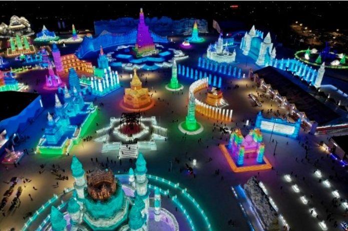 La Ciudad De Hielo De Harbin, China