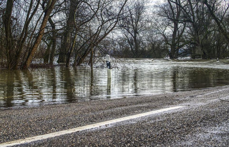 20 départements toujours en alerte, dont 13 pour inondations — Météo