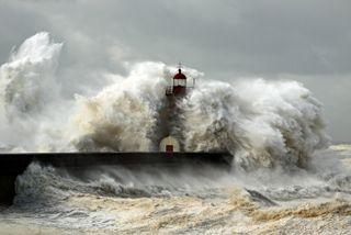 La tempête tropicale Theta va-t-elle impacter la France ?