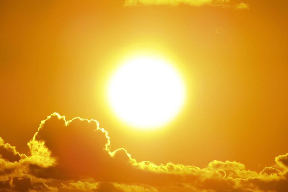 La ola de calor pone en alerta amarilla a una decena de provincias con temperaturas de hasta 38 grados