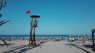 """Las tormentas: """"culpables"""" del cierre de varias playas para el baño en Castellón"""