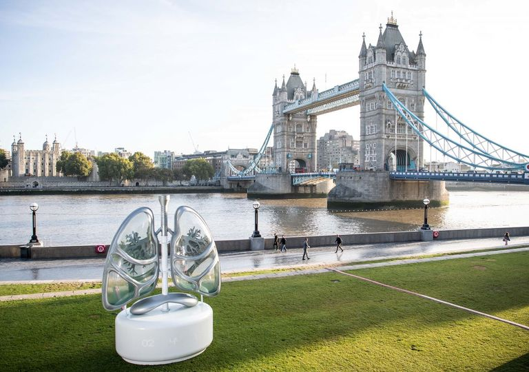 "E.ON installed the ""lungs"" artwork in London last year to raise awareness of air pollution"
