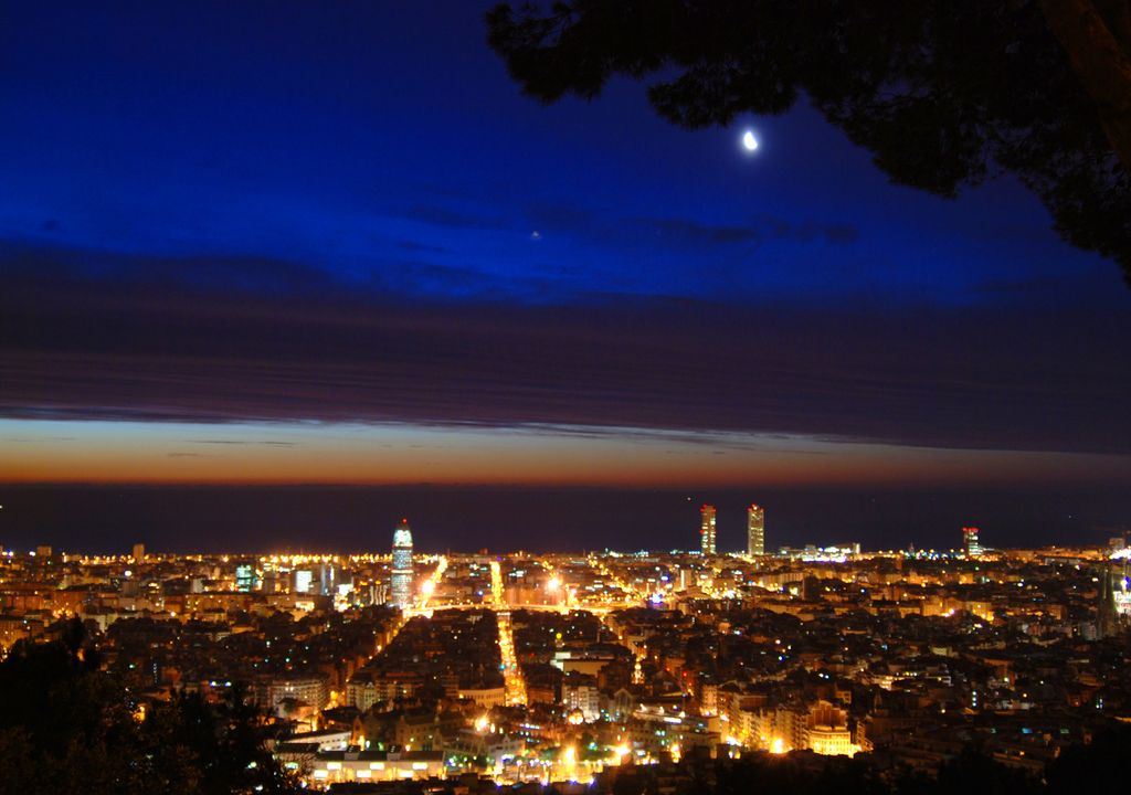 anochecer Barcelona
