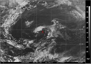 Los meteorólogos pendientes del Invest 92L en el Atlántico ¿Por qué?