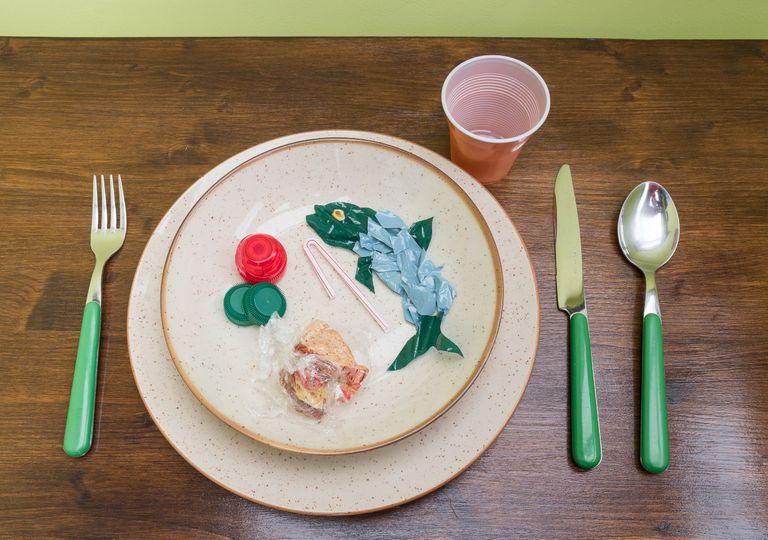 plastico, microplastico, consumo, contaminación, oceanos