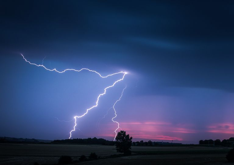 No entender el peligro de los rayos cobra numerosas vidas año con año a nivel mundial.