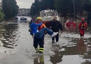 Il maltempo colpisce il centro-sud Italia, piogge e nubifragi: video