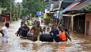 Más de 350 muertos y 800.00 desplazados por el monzón en el sur de la India