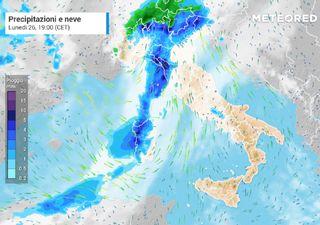 Meteo, da lunedì 26 ottobre nuova ondata di maltempo: torna la neve