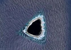 """O que é o """"buraco negro"""" no Pacífico detetado com o Google Maps?"""