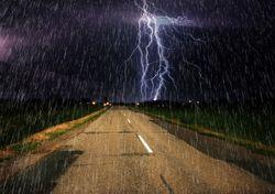 Zona frontal con fuertes lluvias y tormentas en el Litoral