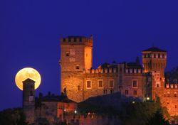 Arriva la Luna piena, poi il cambio d'ora: tutti i dettagli!