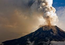 Cinco usos de la ceniza volcánica que no conocías