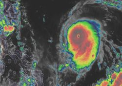 El super tifón Chanthu amenaza a Filipinas y Vietnam