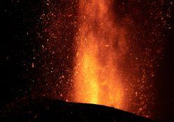 """El volcán de La Palma """"más agresivo"""": sus graves cifras provisionales"""