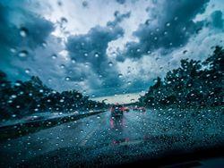 Fim de semana: chuvas podem causar transtornos em todas as regiões
