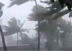 Zyklon Yaas fegt über den Nordosten Indiens: Video!