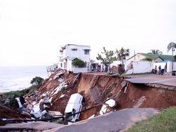 Inundaciones en Sudáfrica: crece el número de muertos