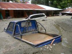 Inundações e deslizamentos matam pelo menos 50 pessoas na Indonésia